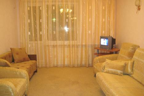 Сдается 1-комнатная квартира посуточнов Ухте, ПРОЕЗД СТРОИТЕЛЕЙ 31.