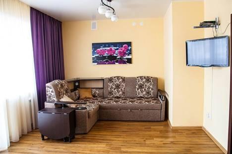 Сдается 2-комнатная квартира посуточно в Тюмени, Мельничная ул., 83к4.