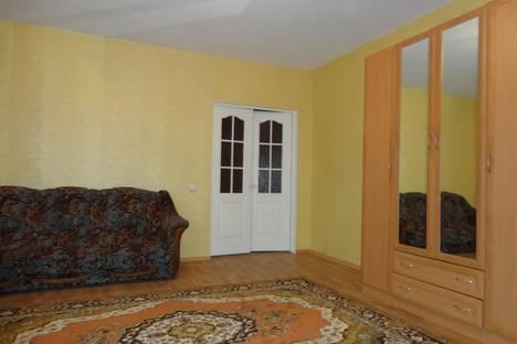 Сдается 2-комнатная квартира посуточно в Орле, цветочный проезд 4а.