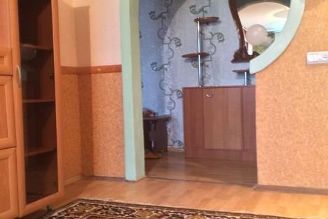 Сдается 3-комнатная квартира посуточно в Орле, переулок Ягодный,  4.