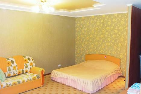Сдается 1-комнатная квартира посуточнов Барнауле, ул. Привокзальная,5.