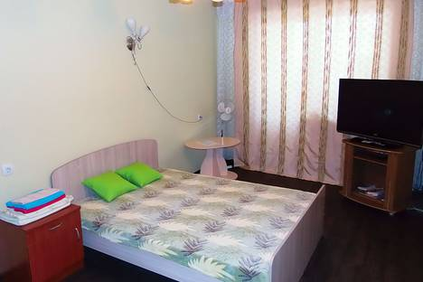 Сдается 1-комнатная квартира посуточно в Барнауле, ул.Крупской,145а.