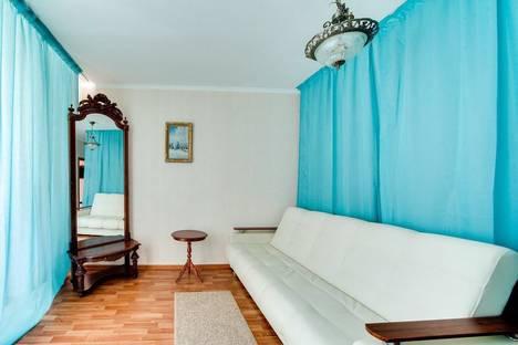 Сдается 1-комнатная квартира посуточнов Санкт-Петербурге, ул. Благодатная, 30.