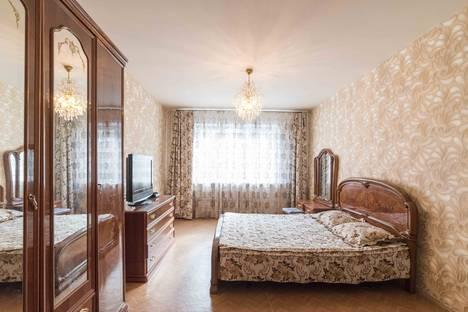 Сдается 3-комнатная квартира посуточнов Воронеже, Революции 1905 года 66.