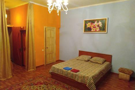 Сдается 1-комнатная квартира посуточно в Астрахани, проезд Николая Островского,  10.