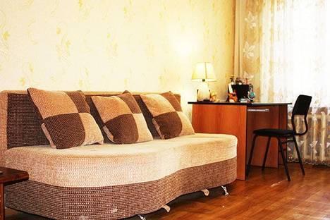 Сдается 2-комнатная квартира посуточно в Алматы, ул. Фурманова, 112.