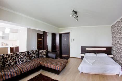 Сдается 1-комнатная квартира посуточнов Алматы, Шевченко 4.