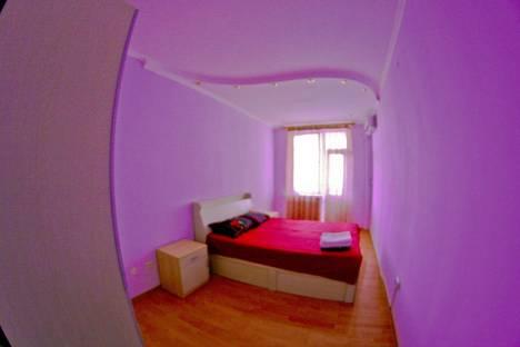 Сдается 2-комнатная квартира посуточнов Алматы, Муратбаева-Кабанбай батыра 31.