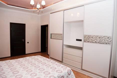 Сдается 3-комнатная квартира посуточно в Алматы, Абая-Тургут Озала 48.