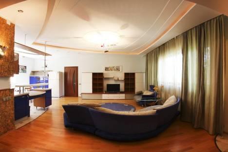 Сдается 3-комнатная квартира посуточнов Алматы, Луганского 74.