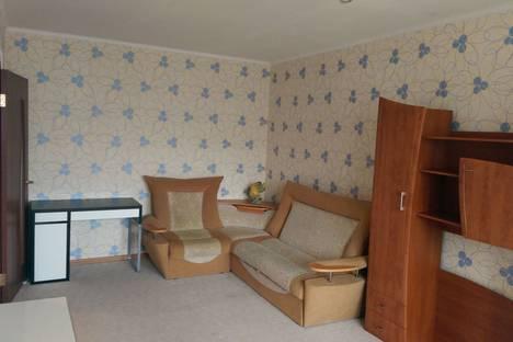 Сдается 1-комнатная квартира посуточнов Ноябрьске, ул. Ленина, 88.