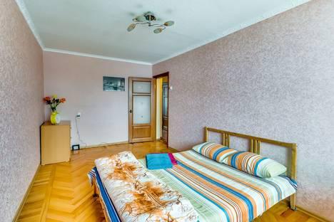 Сдается 2-комнатная квартира посуточнов Ростове-на-Дону, ул. Лермонтовская, 71.