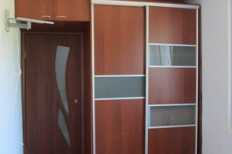 Сдается 2-комнатная квартира посуточнов Глазове, ул. Сибирская, 16.