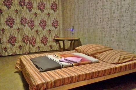 Сдается 1-комнатная квартира посуточно в Глазове, Сулимова, 78.