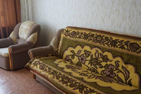 Сдается 2-комнатная квартира посуточно, ул. Ломоносова, 114к30.
