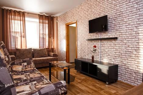 Сдается 3-комнатная квартира посуточно, проспект Шахтеров, 22.
