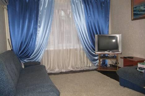 Сдается 1-комнатная квартира посуточнов Воронеже, улица Никитинская дом 44а.