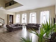 Сдается посуточно 4-комнатная квартира в Санкт-Петербурге. 200 м кв. Адмиралтейская наб.10