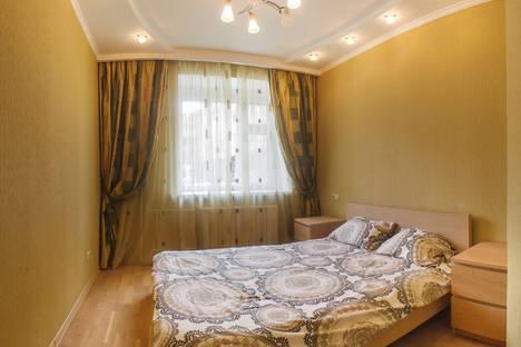 Сдается 3-комнатная квартира посуточно в Казани, ул. Габдуллы Тукая 75г.