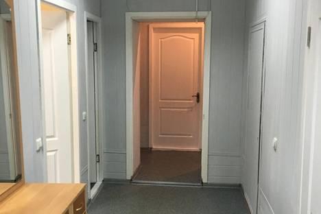Сдается 3-комнатная квартира посуточно в Набережных Челнах, Набережная Тукая 5/8.