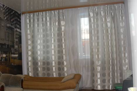 Сдается 1-комнатная квартира посуточно в Серпухове, ул. Советская, 15.