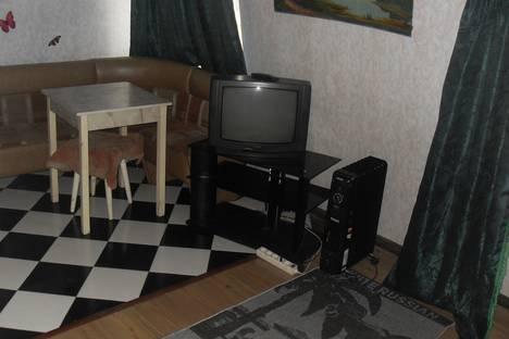 Сдается 1-комнатная квартира посуточно в Серпухове, ул. Красный Текстильщик, 6/2.