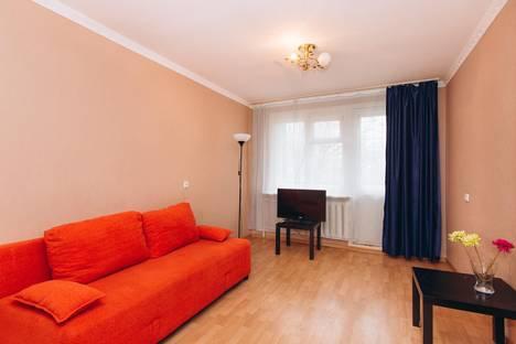 Сдается 2-комнатная квартира посуточнов Екатеринбурге, Уральская д.62, корпус 1.