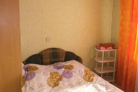 Сдается 2-комнатная квартира посуточно в Абакане, Комарова 6.