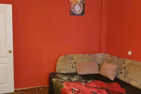 Сдается 1-комнатная квартира посуточно в Волгограде, ул.Невская, дом 12.