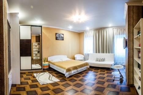 Сдается 1-комнатная квартира посуточно в Казани, ул. Чистопольская, 40.