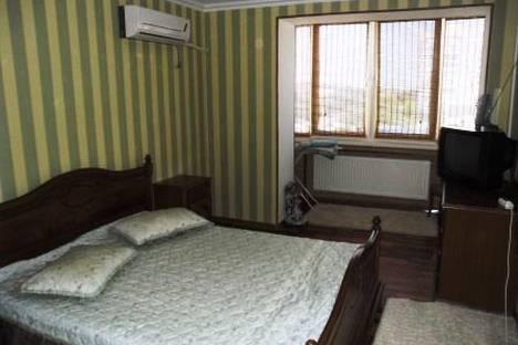 Сдается 1-комнатная квартира посуточно в Евпатории, Демышева, 111.