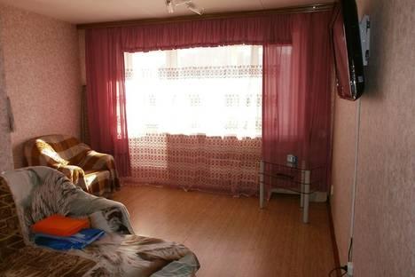 Сдается 1-комнатная квартира посуточно, ул. Советская,  48.