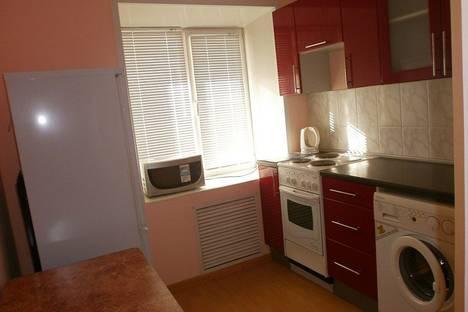 Сдается 1-комнатная квартира посуточно в Абакане, ул. Щетинкина, 48.