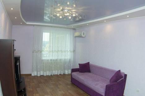 Сдается 1-комнатная квартира посуточнов Уфе, ул. Менделеева, 225.