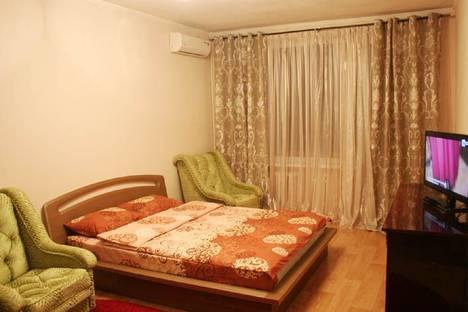 Сдается 1-комнатная квартира посуточно в Киеве, Толстого, д. 33.