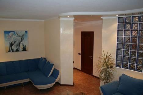 Сдается 1-комнатная квартира посуточно в Киеве, бул. Леси Украинки 5-a.