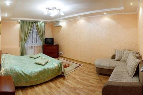 Сдается 1-комнатная квартира посуточно в Киеве, Леси Украинки 1.