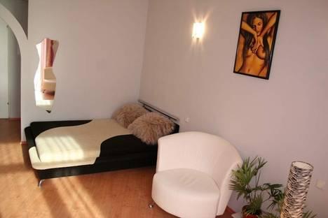 Сдается 1-комнатная квартира посуточно в Киеве, ул. Лысенко 3.