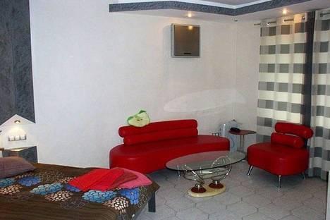 Сдается 1-комнатная квартира посуточно в Киеве, ул. Госпитальная 2.