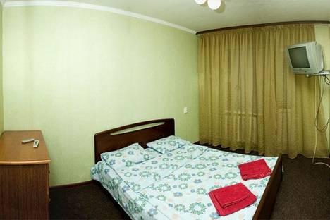 Сдается 2-комнатная квартира посуточно, Никольско - Слободская 4.