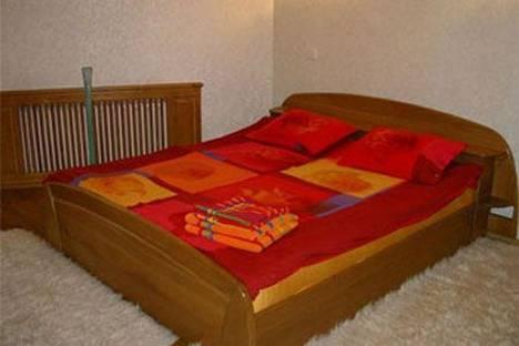Сдается 2-комнатная квартира посуточно в Киеве, ул. Костельная 10.