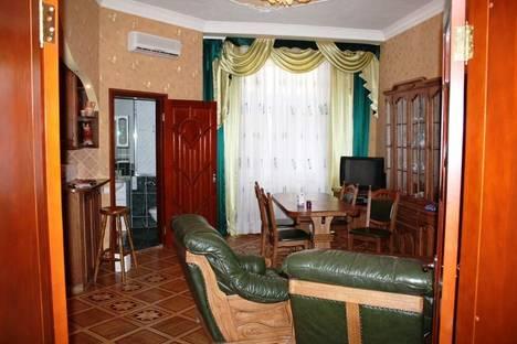 Сдается 2-комнатная квартира посуточно в Киеве, Лысенко 8.