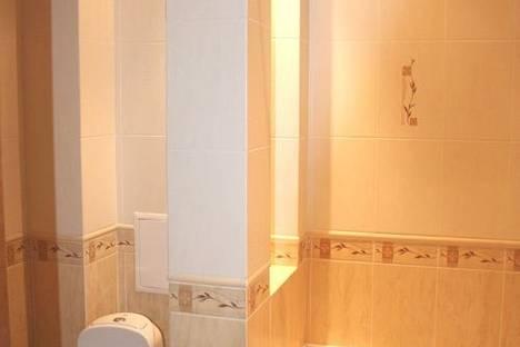 Сдается 2-комнатная квартира посуточно в Киеве, Бассейная 23.