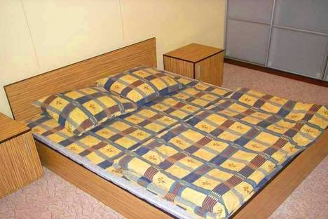 Сдается 2-комнатная квартира посуточно в Киеве, бул. Леси Украинки 10.