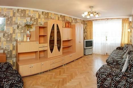 Сдается 3-комнатная квартира посуточнов Борисполе, Луначарского 3б.