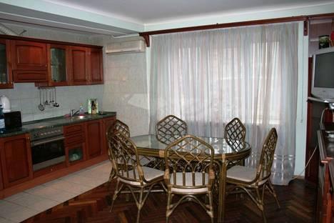 Сдается 1-комнатная квартира посуточно в Киеве, Леси Украинки 2.