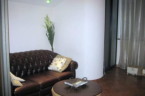 Сдается 2-комнатная квартира посуточно в Киеве, Красноармейская, 46.
