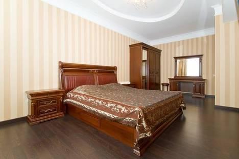 Сдается 2-комнатная квартира посуточно в Киеве, Крещатик, 25.