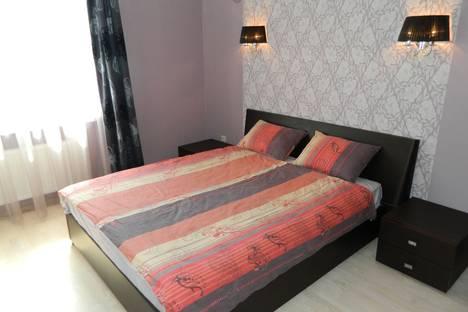 Сдается 2-комнатная квартира посуточно в Киеве, ул. Дегтяревская 25А.