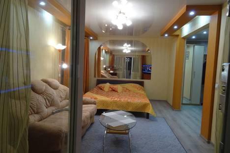 Сдается 1-комнатная квартира посуточно, ул. Шмидта, 47.